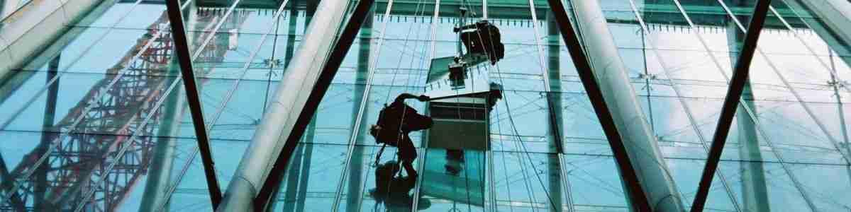 Commercial glazing contractors