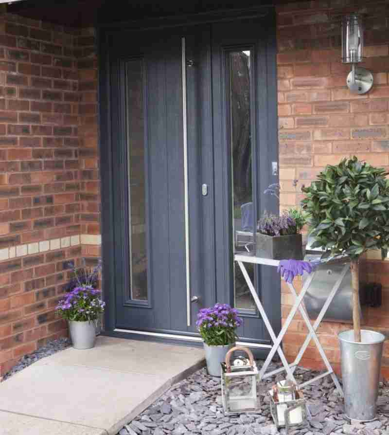 Solidor Anthracite Grey Entrance